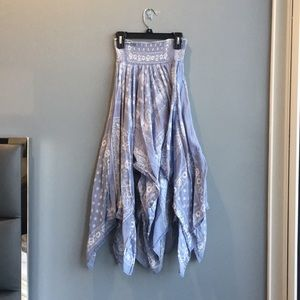 Forever 21 blue multi length skirt